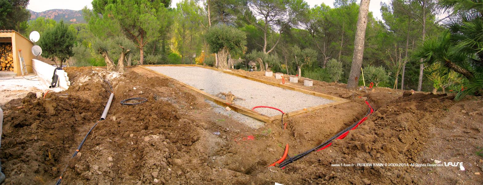Gazon en plaque paysagiste entretien lagage abattage for Entretien jardin frejus